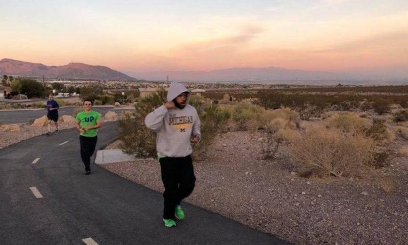 Runners compete in Las Vegas half-marathon